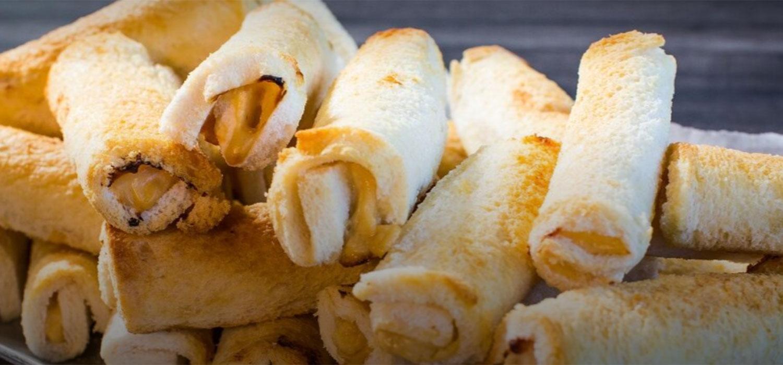 Cheesy MAGGI Bread Rolls Recipe