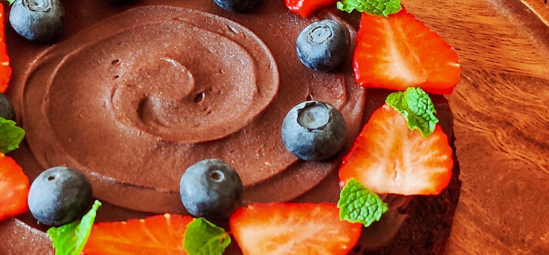 Eggless, Gluten Free and Vegan Fudgy Chocolate Amaranth Flour Cake
